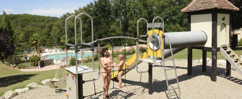 laborde jeux enfants naturistes