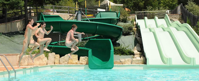lauzons piscine toboggan naturiste
