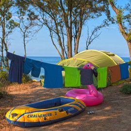 Naturist camping: rental or tent?