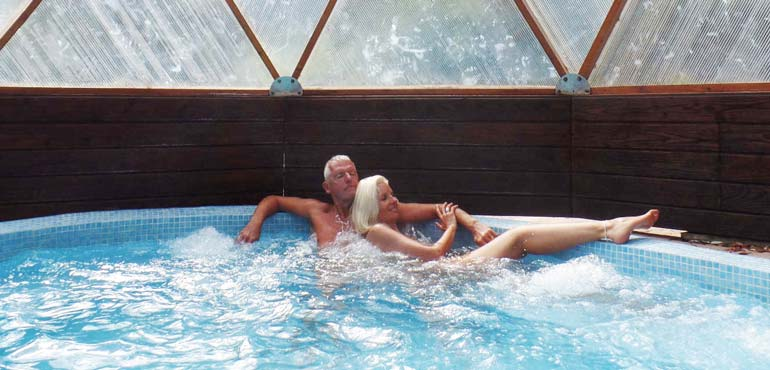 Enjoying Retirement with a Naturist Holiday in the Off-season